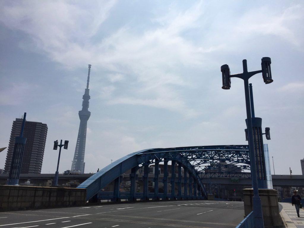 東京スカイツリーと駒形橋