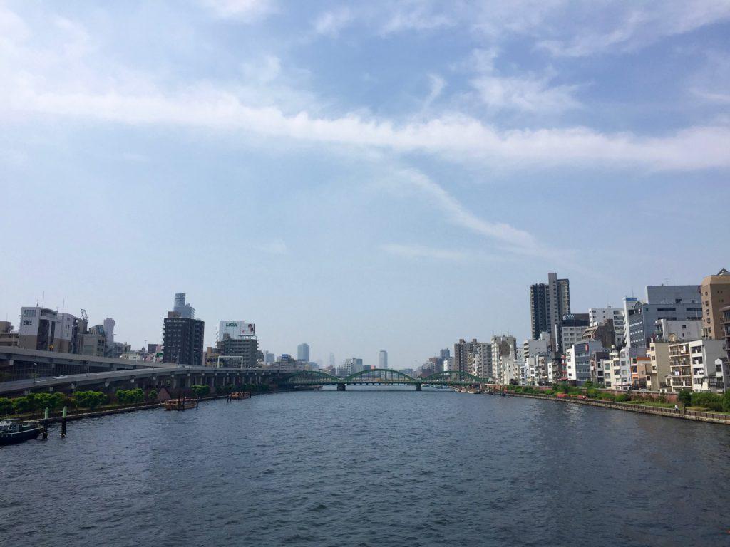 駒形橋から隅田川